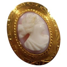 10K Gold Small Oval Carved Angel Skin Coral Cameo Brooch