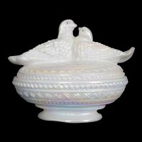 Rare Love birds in nest White Opalescent Westmoreland Glass Covered dish