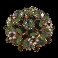 Stunning Brooch in Shades of Green Rhinestones with Enamel Daisy & Leaf Pin – 1950's