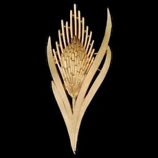 Sheaf of Wheat Gold Pin by Crown Trifari Brooch MCM