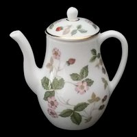 Wedgewood Wild Strawberry Coffee Pot Mini Miniature c1980