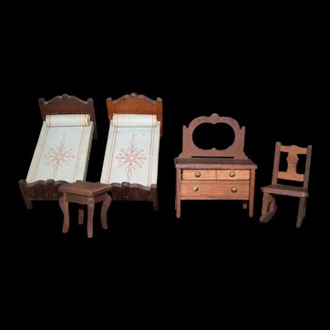 Miniature Doll Wood Twin Bedroom Set, bureau and rocker Dark Maple Vintage