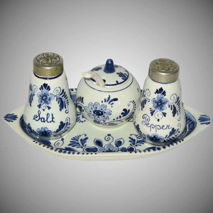 Vintage Delft Blue Elesva Condiment Complete Set Hand painted and signed in Holland & Vintage Delft Blue Elesva Condiment Complete Set Hand painted and ...