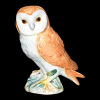 Vintage Barn Owl figurine by Beswick of England #2026 c1960