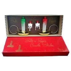 Salt and Pepper Shaker Christmas Colonial Candlesticks by Davis c1950