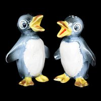 Large Penguin salt and pepper Shaker Set by Kreiss & Company c1950