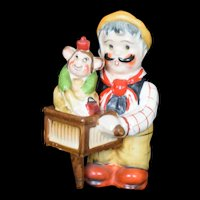 Organ Grinder and Monkey Nester Salt and Pepper Shaker set Japan c1940