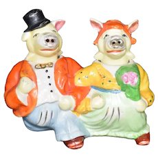 Anthropomorphic Strolling Pig Couple Salt and Pepper Nodder set Vintage Japan