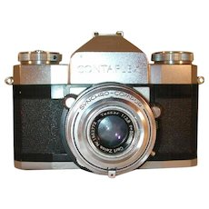 Zeiss Ikon Contaflex 35mm SLR Camera Synchro-Compur Tessar Lens 50 mm 1:2.8 Lens Case and Light Meter