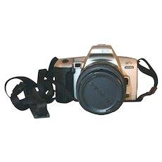 Minolta Maxxum QTsi 35mm Film SLR Camera Aspherical Quantaray f=28-80mm lens