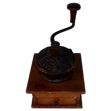 1800s Wood & Ornate Cast Iron Manual Coffee Spice Mill PS&W Co. Peck Stow Wilcox