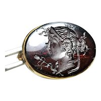 18 K Intaglio Carved Cameo Brooch Pin Amber