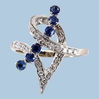 Sculptural modernist ring 18K solid gold Natural diamonds and sapphires Stamped