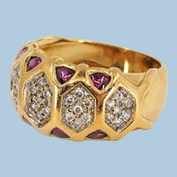 18K solid gold ring with natural diamonds and rubies Stamped massive gold band