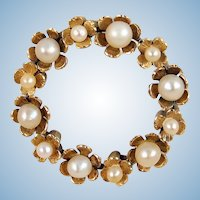 French antique heirloom flower wreath brooch Stamped 18K solid gold Pearls circle pin