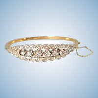 18K solid Gold Silver and 2.5ctw natural diamonds hinged bracelet hallmarked Ca. 1900s