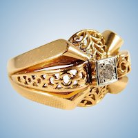 Very ornate and heavy solid gold French ring with natural diamond 18K stamped yellow and white gold