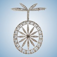 Outstanding Platinum and diamond brooch Genuine original Art Nouveau pin peppered with natural diamonds