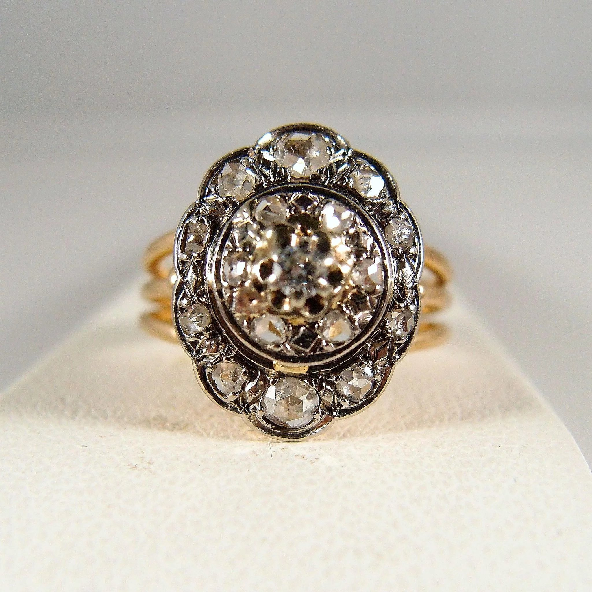 Three Tier Diamond: Three Tier Stamped 18K Solid Gold Ring With 0.54ctw Old