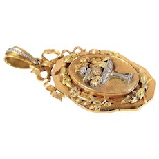 Rare splendid Victorian era locket in 18K solid gold and platinum, stamped pendant, memento with precious hair