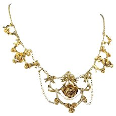 Victorian era drapery necklace Stamped 18K solid gold and pearls French rose Delicate festoon and flowers