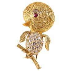 Estate 18K solid gold unique vintage stamped bird covered with brilliant cut diamonds and ruby eyes