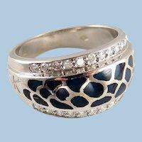 Exquisite Korloff design diamond and raised enamel ring 18K solid gold Signed ring