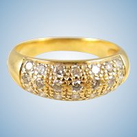 Estate 18K solid gold band Stamped and Numbered 21 pavé diamond ring
