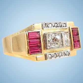 Art Déco period 18K solid gold bridge ring Old European cut diamonds Stamped jewelry