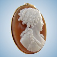 Outstanding antique Italian hardstone cameo in 18K solid gold French frame Stamped high relief sardonyx cameo