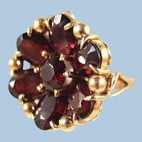 Rare antique 18K solid gold Faceted garnet flower ring Massive stamped fine late Victorian
