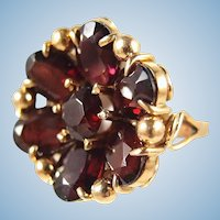 Rare antique 18K solid gold Faceted garnet flower ring Massive stamped fine late Victorian