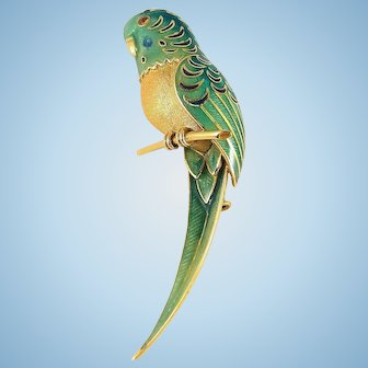 Three dimensional parrot brooch in 18K solid gold and enamel Outstanding tropical bird craftsmanship Stamped gold jewelry