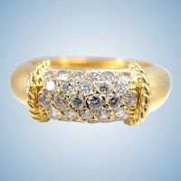 Estate stamped 18K solid gold massive ring with natural brilliant cut diamonds