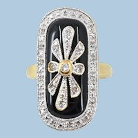 Victorian era 18K solid gold ring with diamond on black onyx Stamped statement ring