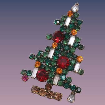 Weiss Book Piece Six Candle Rhinestone Japanned Christmas Tree Pin