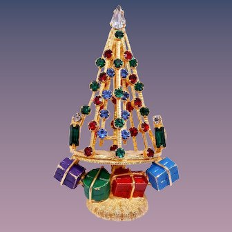 Book Piece Rare Warner Christmas Tree Pin with Wrapped Gifts
