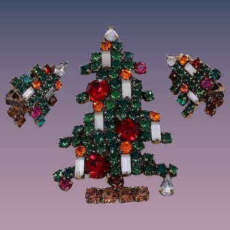 Weiss Fabulous 6 Candle Christmas Tree Pin and Earrings Set