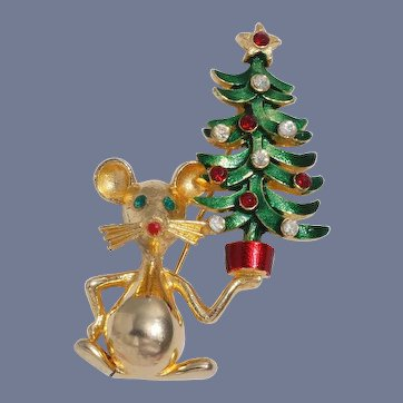 Rare Mylu Mouse Carrying Christmas Tree Pin