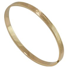 On Sale | 14K Yellow Gold | Diamond Cut | Chevron Style Bangle - Red Tag Sale Item