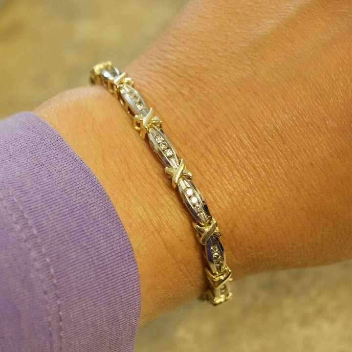 On Layaway Stunning Hugs Kisses Diamond Bracelet 14k Gold