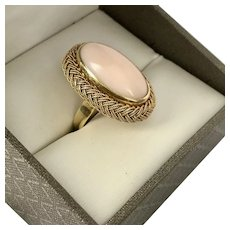 Gorgeous! 18K YG Angel Skin Coral Ring