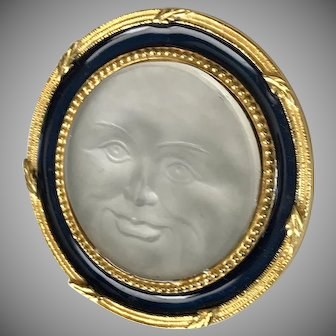 LOVELY! Moon Face Man in the Moon Pendant/Brooch