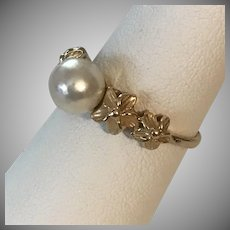 Beautiful! 14K YG Plumerias and Cultured Saltwater Pearl Ring Size 7