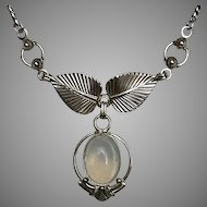 Moonstone Pendant Sterling Silver Split Chain 17-1/2 Inches