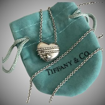 Tiffany & CO,  Heart Pendant Sterling Silver with Original Tiffany & CO, Chain
