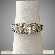 Art Deco 18K White Gold Diamond Ring Size 5-3/4