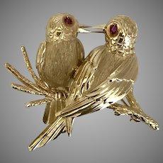 Lovely 14K YG Ruby Eye Birds Brooch