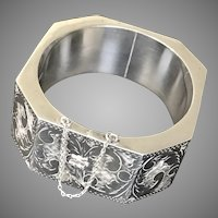 Gorgeous! Sterling Silver Medium Size Bracelet