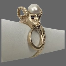 14K YG Ram Head Ring with Cultured Pearl and Golden Ring Size 6-3/4
